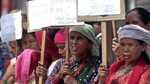 65056733_maoist-victim-people-protes