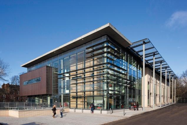 5-School-of-Law-University-of-Leeds-The-Liberty-Building